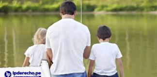 Papá con dos hijos con logo de jurisprudencia civil y LP