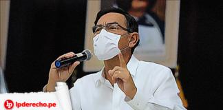 Martin Vizcarra con microfono con logo LP