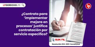 ¿Contrato para 'implementar mejora en procesos' justifica contratación por servicio específico?